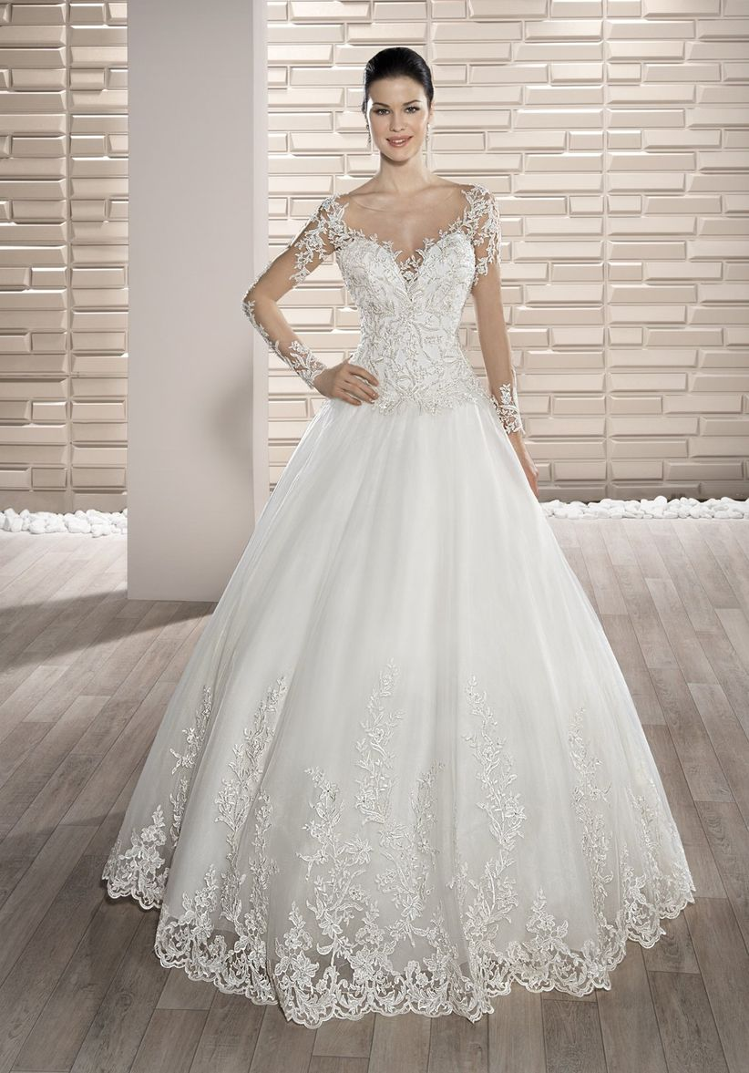 f163bfa7f Vestidos de novia con efecto Tattoo Lace