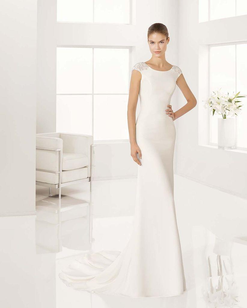 Mi vestido de novia es muy sencillo