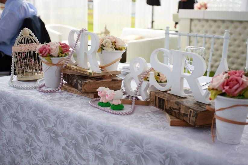 8 ideas para decorar la mesa de los novios - Decorar mesas para eventos ...