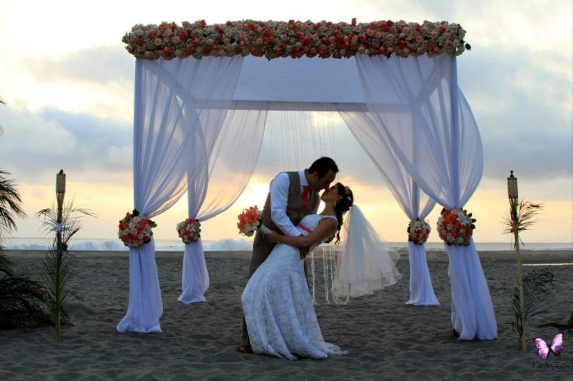 Matrimonio Simbolico En La Playa : Cosas que debes saber para un matrimonio en la playa