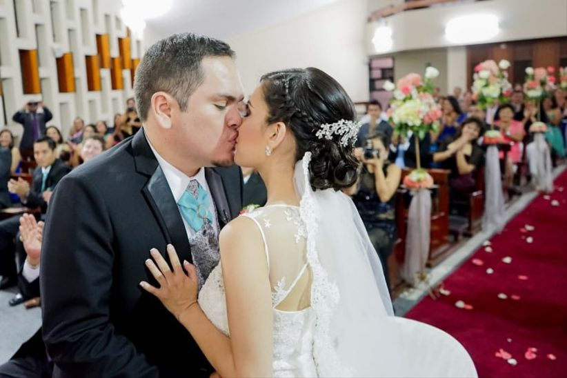 Matrimonio Catolico Y Adventista : Iglesias de ensueño para casarte en arequipa