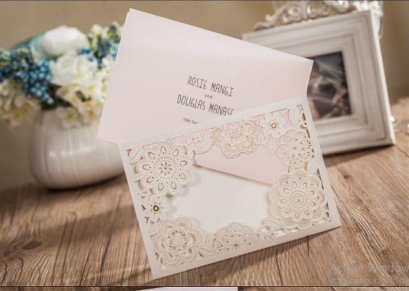 639f6c05f7851 Perfecto Parte   Detalles. Esta técnica es ideal para los novios que buscan  unas tarjetas de matrimonio elegantes.