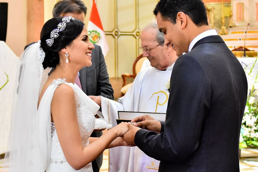 Matrimonio Civil O Religioso Biblia : Civil y religioso el mismo día o por separado cuál prefieres