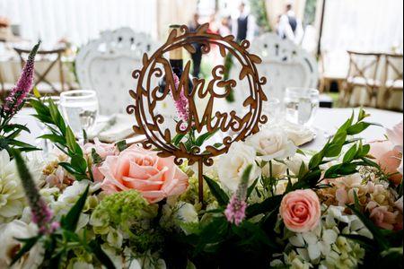 15 ideas muy románticas para decorar la mesa de los novios