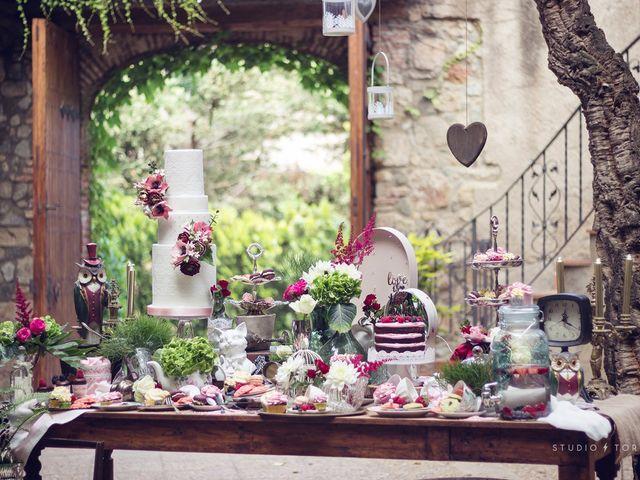 Matrimonio inspirado en Alicia en el País de las Maravillas