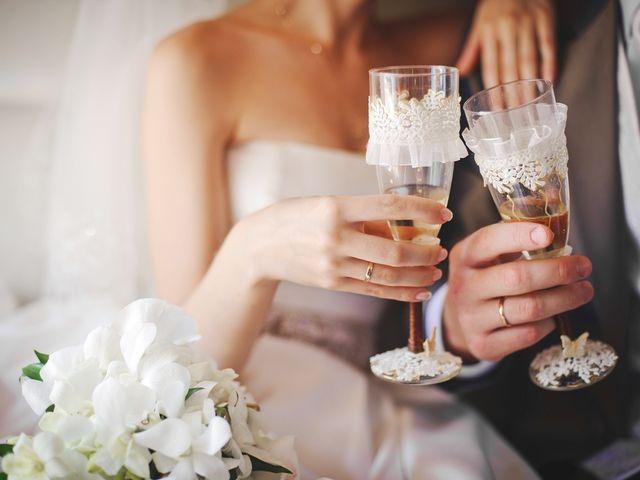 9 ideas para decorar las copas de tu brindis