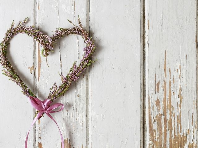 Corazón de flores para decorar tu matrimonio