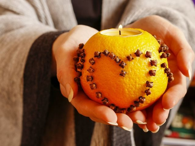 Velas de naranja para decorar tu matrimonio