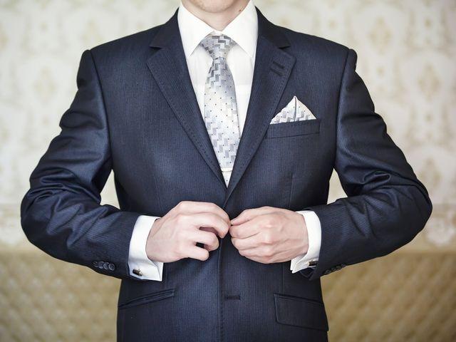 30 perfectas opciones de nudo de corbata para el novio