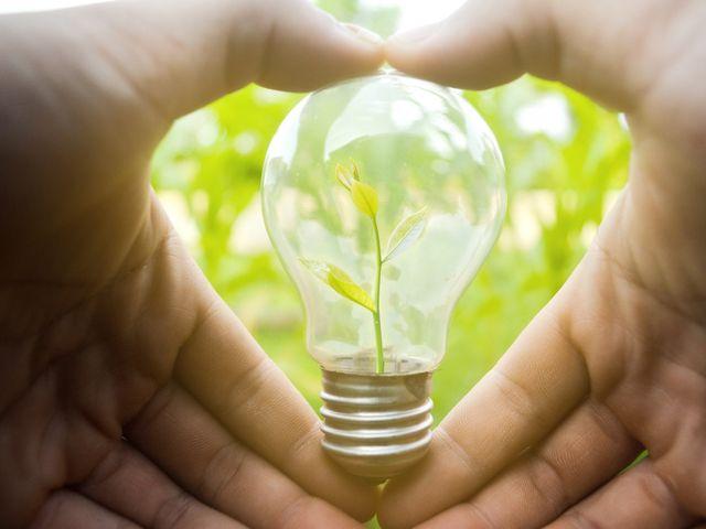 10 románticas maneras de ahorrar energía en pareja