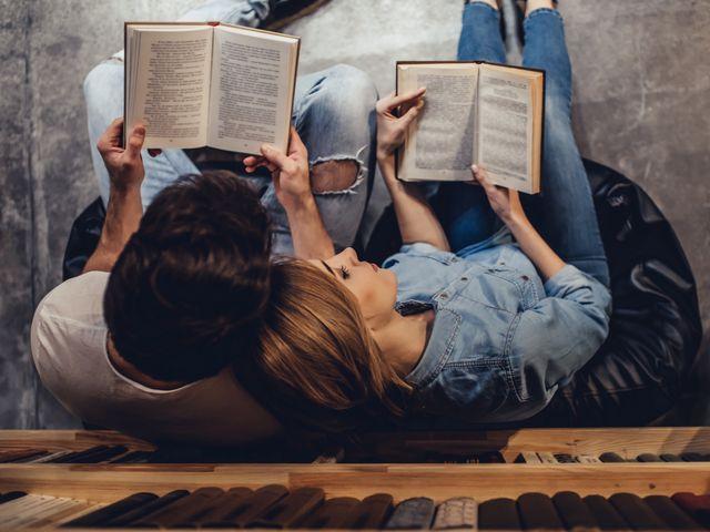 Los 20 mejores libros para leer en pareja