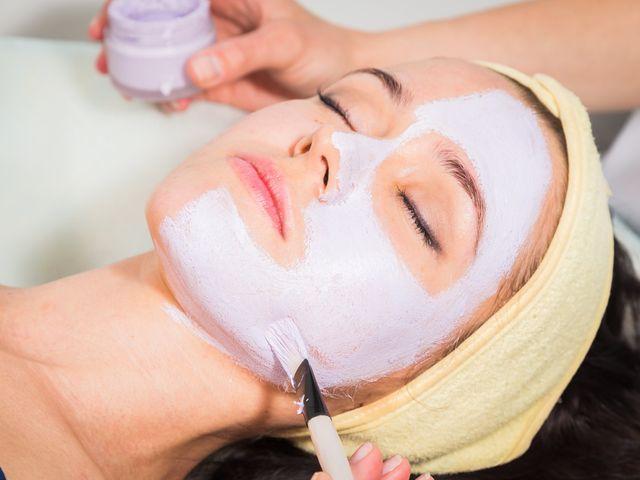 Limpieza facial, un paso necesario antes de la boda