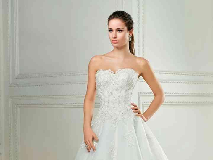 marca famosa estilo clásico entrega gratis Precios de vestido de novia: conoce qué determina su costo