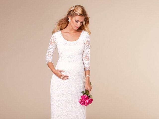Vestidos de novia para embarazadas con mucho estilo