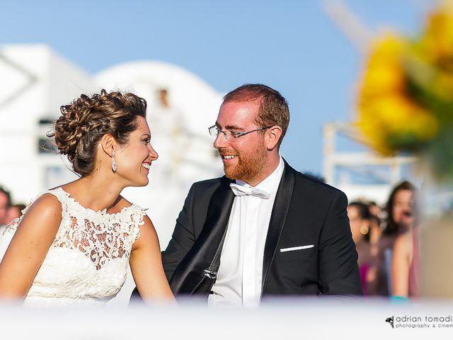 La boda íntima de Marta y Miguel a las orillas del mar