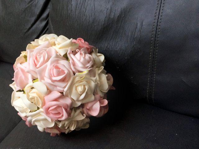Esferas de flores artificiales