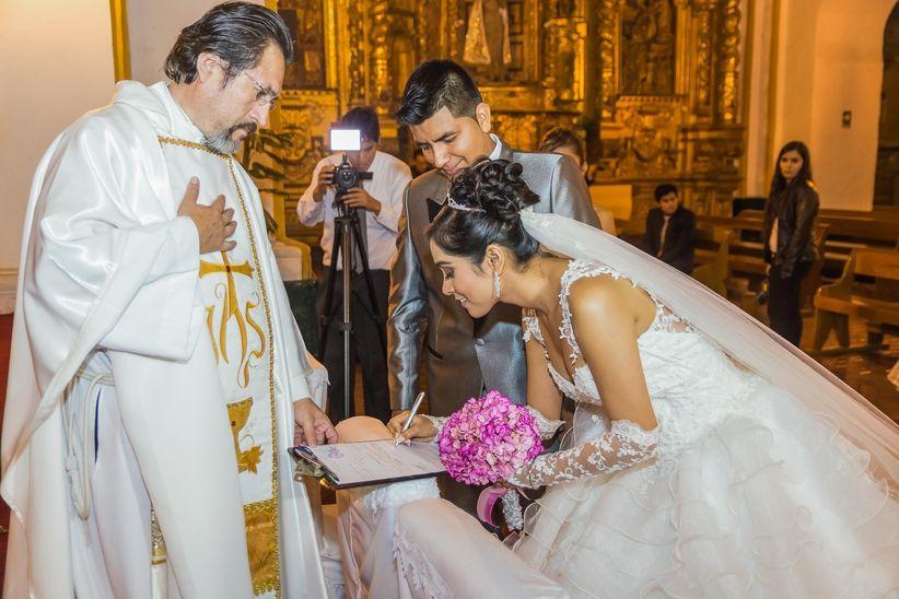 Matrimonio Catolico Por Disparidad De Culto : Dudas frecuentes sobre el matrimonio religioso