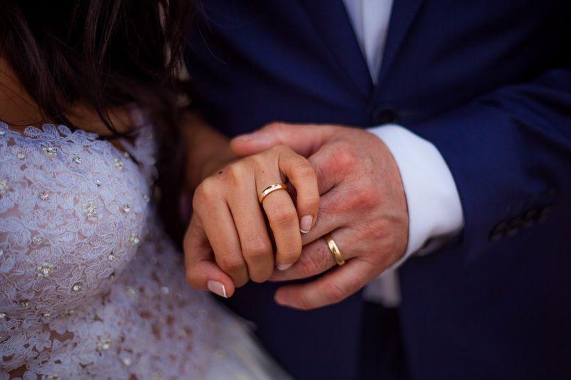 d7e65f27cb39 20 frases para grabar en tus aros de matrimonio