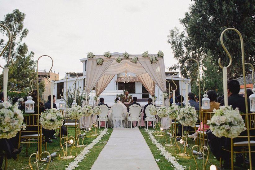 6 consejos de decoración floral para matrimonio al aire libre