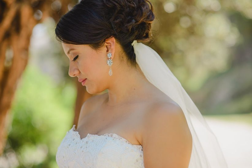 c1c096bfc Aretes de novia  las joyas que nunca pasan de moda