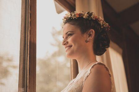 Coronas de flores para novias ¡colores y olores que enamoran!