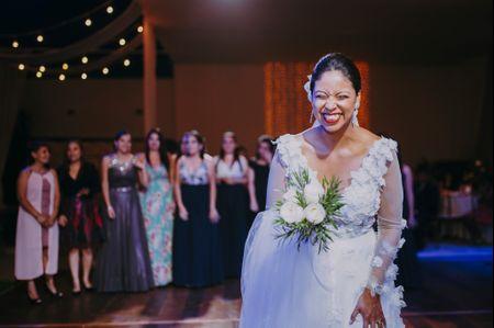 35 melodías perfectas para el lanzamiento de tu bouquet de novia