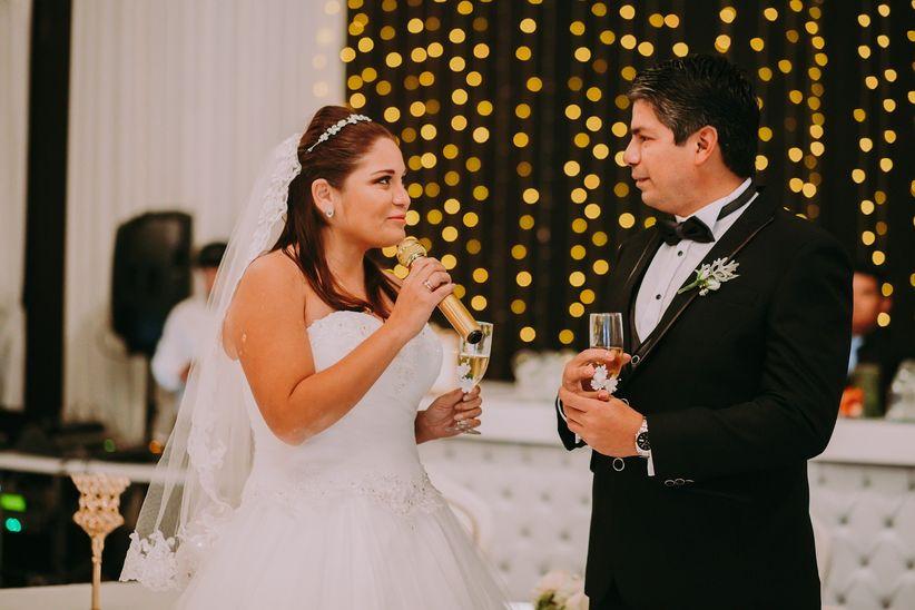 c179c83756 El brindis de matrimonio  qué decir y en qué momento sin desfallecer ...
