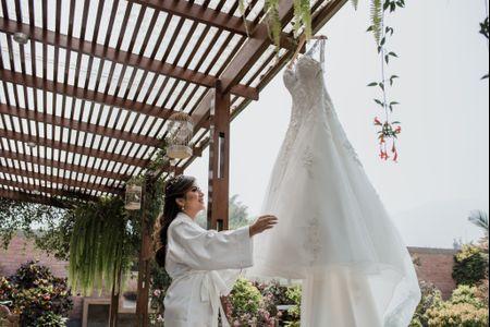 ¿Qué momento es el ideal para cambiarse el vestido de novia?