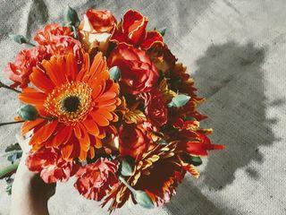 Hypericum Bouquets 1