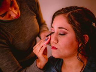 Eli Eyzaguirre - Makeup Artist 2