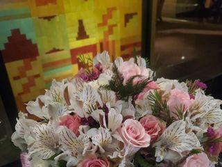 Boutique Floral by Lili 5