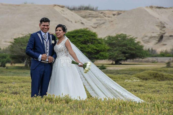 Feliz super..  5 días de casada 2