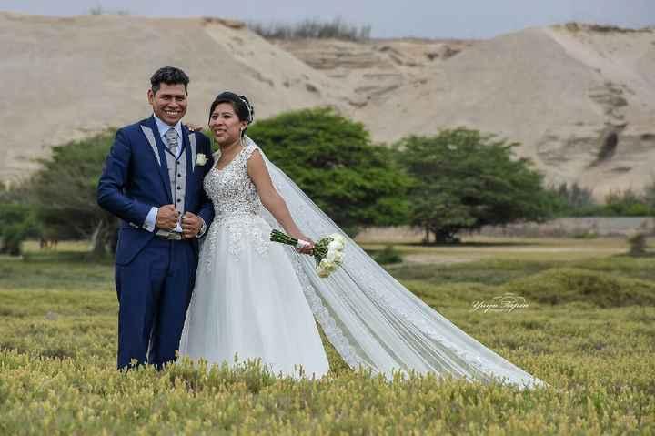 Feliz super..  5 días de casada - 3
