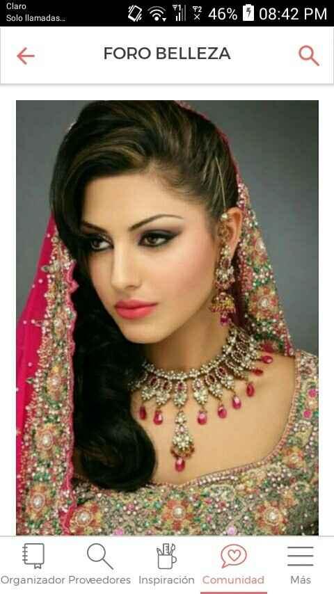 Peinados y maquillaje inspirados en la moda hindu.. - 1