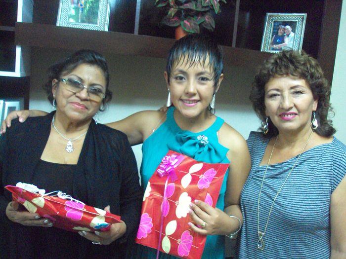 Junto a mi mami y a la mami de mi novio
