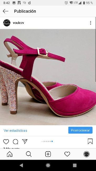 Triste Qora's zapatos de novia 7