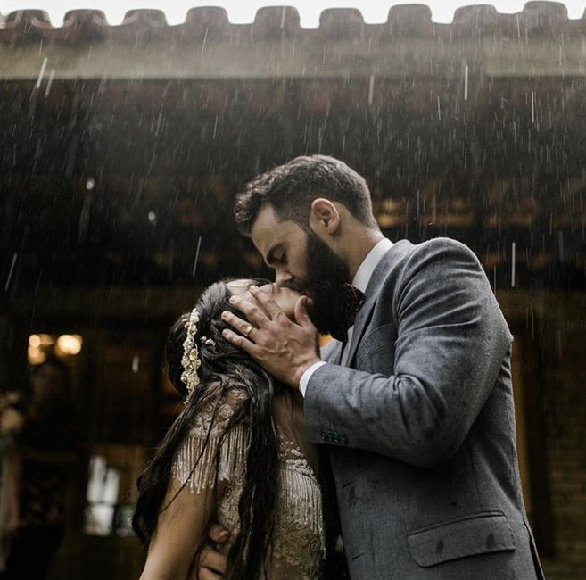Ventajas de que LLUEVA en tu boda 🤔 5