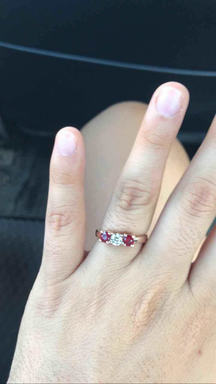 ¿Tienes una foto de tu anillo de compromiso? - 1