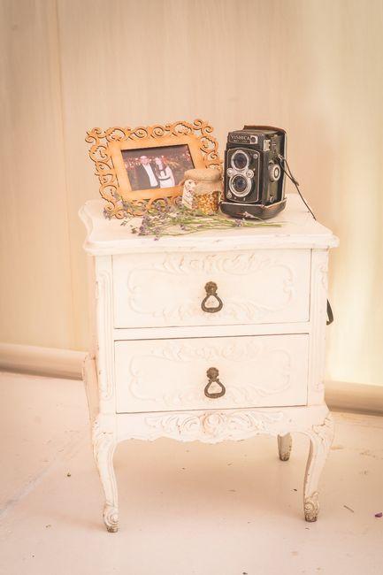 muebles vintage, cuadro comprado en el centro a 4 soles