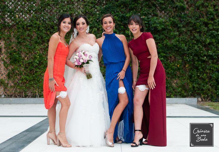 ¿De que color será el vestido de damas de honor? 3