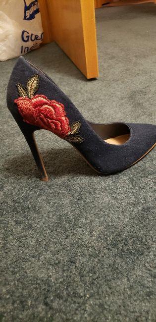 Estos zapatos de novia ¿LIKE 👍 o LOVE 💗? 4
