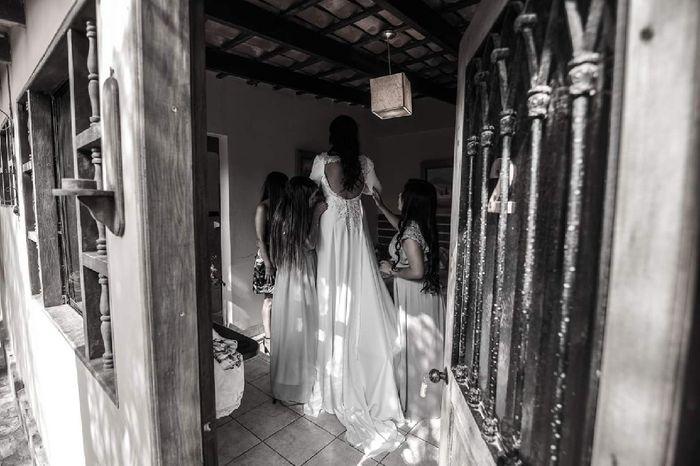 Vestido de novia ¿Con escote en el busto o en la espalda? 3