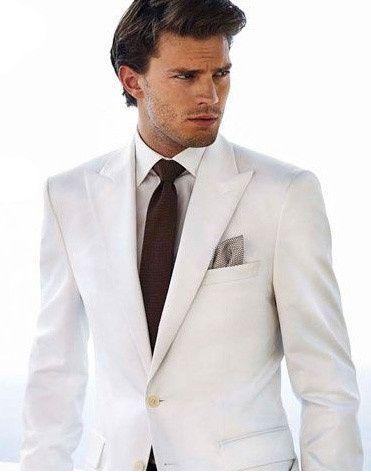5. Traje..... blanco igual a la novia?