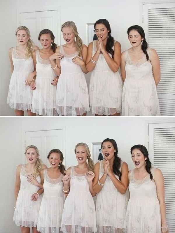 2. La reacción de las damas de honor al ver a la novia vestida por primera vez