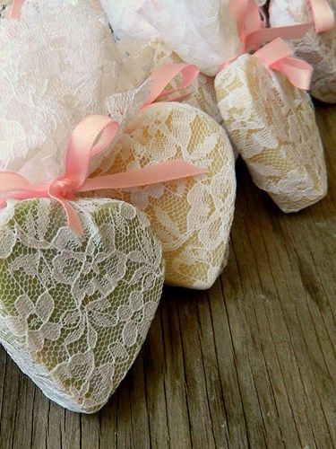 Recuerdo de Matrimonio: Jaboncillos artesanales =) 3