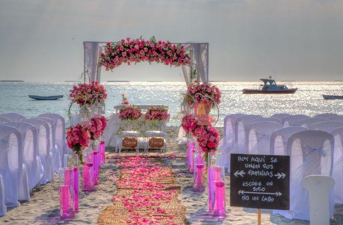 Especial bodas en la playa: Altares a orillas del mar 12