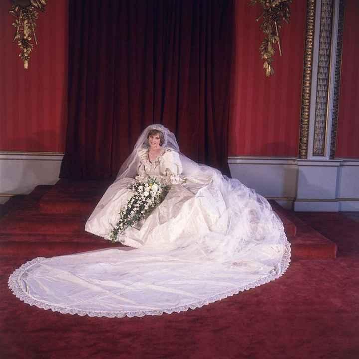 La princesa Diana de Gales, David and Elizabeth Emanuel