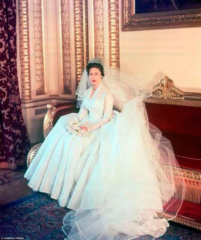 Princesa Margarita, Norman Hartnell