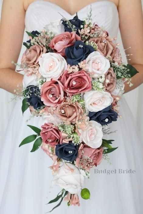 Colores fuertes y flores silvestres en tu ramo: ¿Cuál es tu favorito?🌸 - 1
