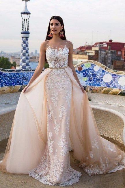 Look novia 100% romántico - Elige un vestido 3